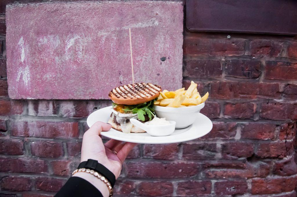 odwrocony burger mitmi lodz