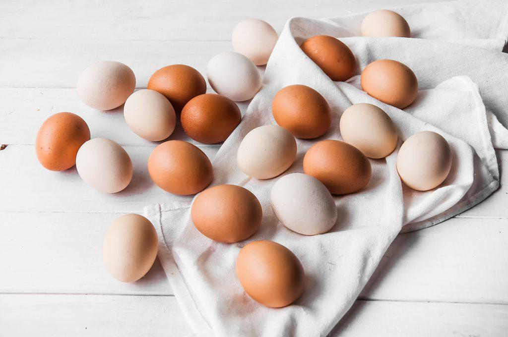 Czy kolor skorupki jajka ma znaczenie