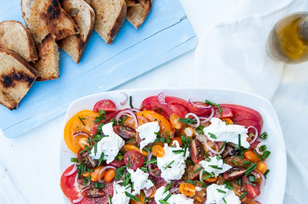Sałatka z Pomidorami i Serem Burrata