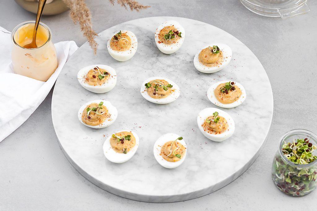 wielkanocne jajka faszerowane anchois i kaparami
