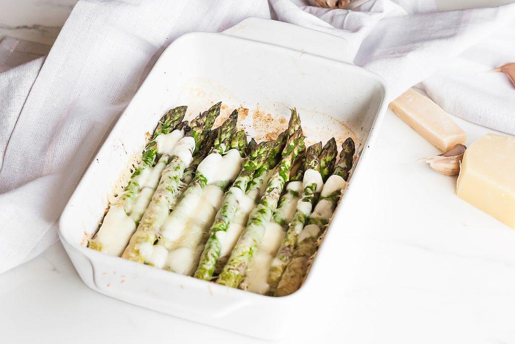 zapiekane szparagi z serami
