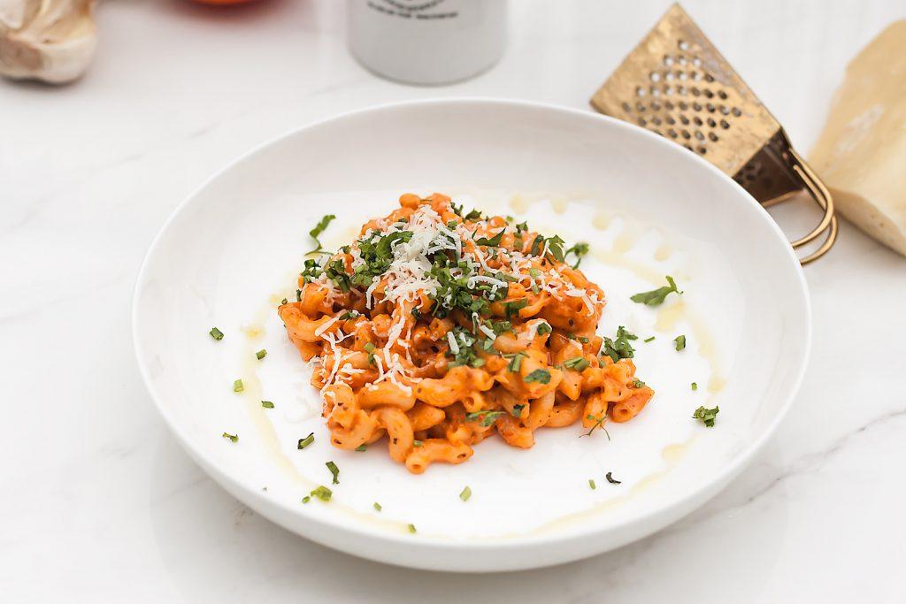 pasta alla vodka, szybki makaron z pomidorami