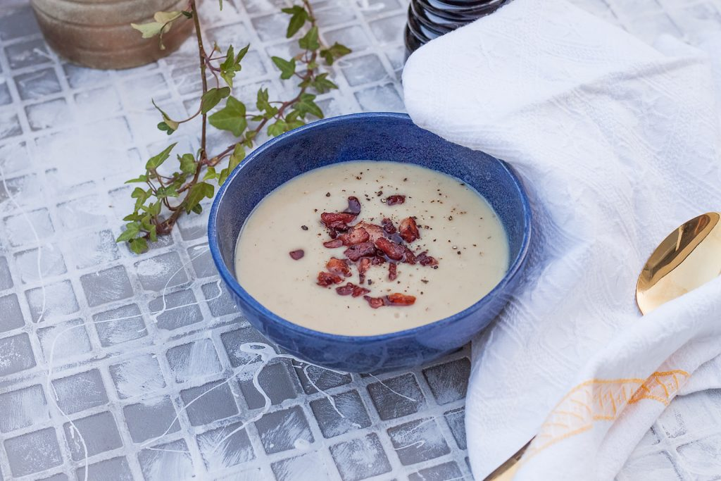 prosta zupa krem z pietruszki z boczkiem