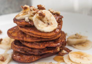 Dyniowe pancakes czyli amerykańskie puszyste placki