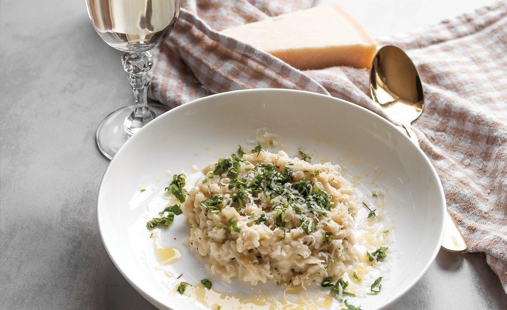 risotto z karmelizowana cebula, tymiankiem i mascarpone