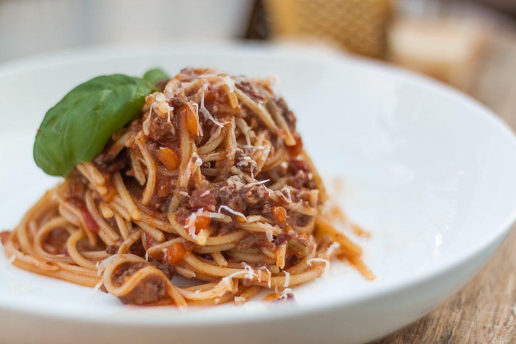 przepis na wloskie spaghetti bolognese