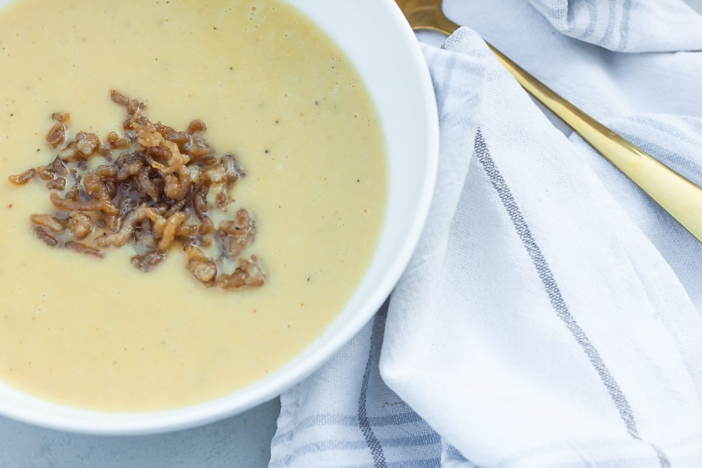 zupa krem z pora z mięsem z indyka
