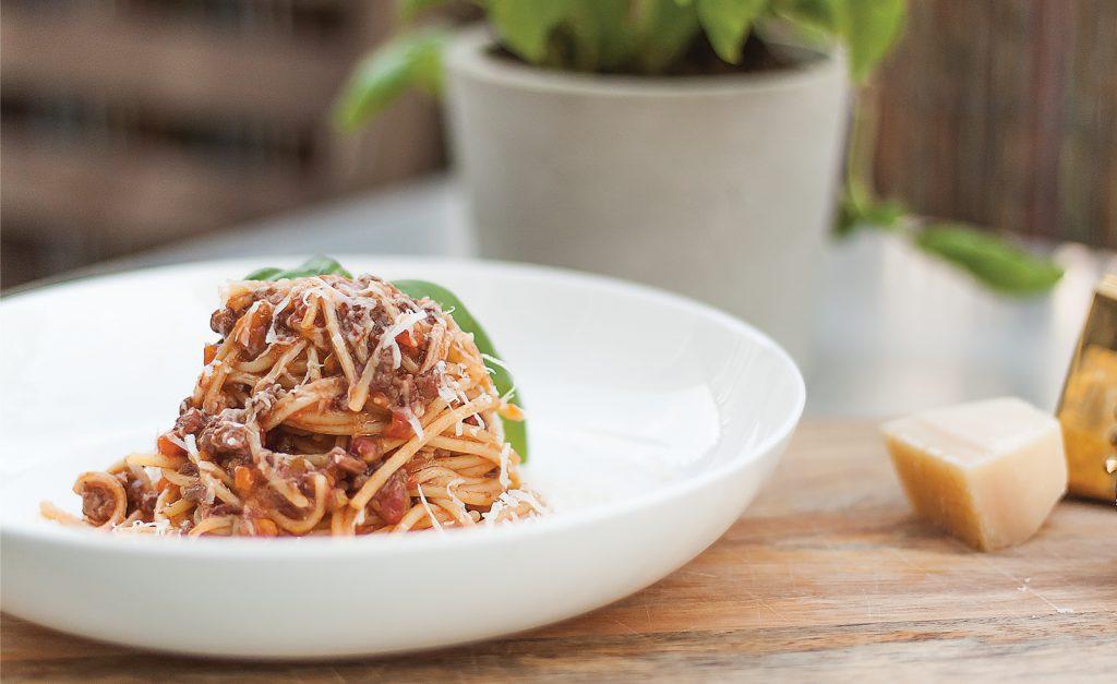 prawdziwy wloski sos bolonski ragu alla bolognese