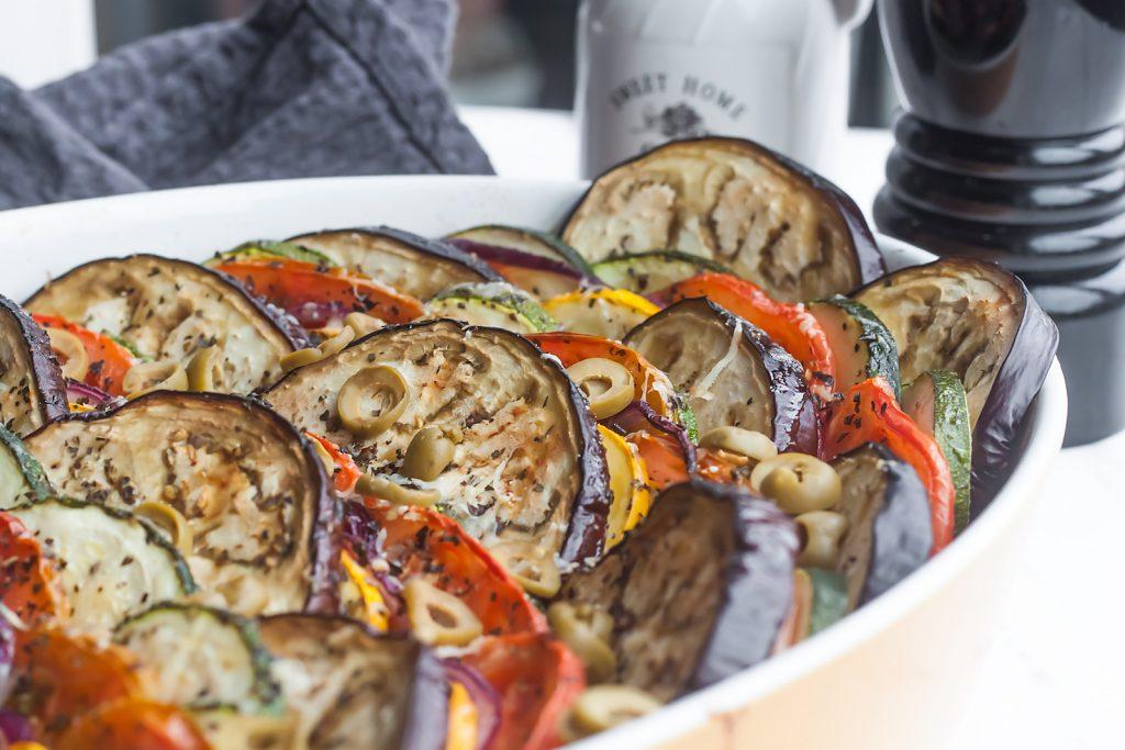 tian warzywny czyli prowansalska zapiekanka z baklazanem i cukinia