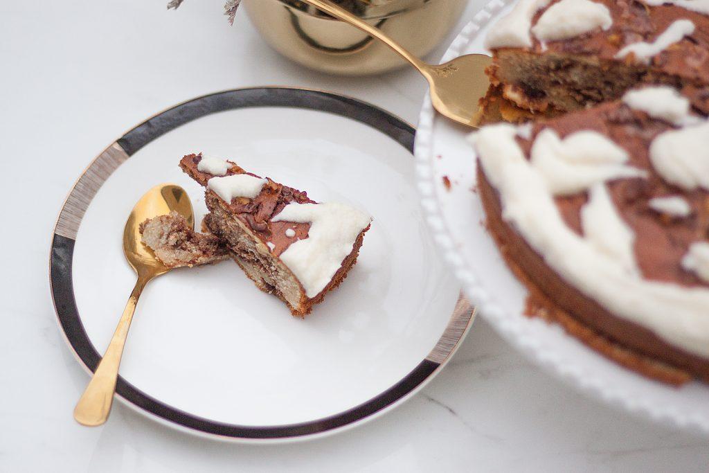 proste ciasto cynamonowe z maślanym kremem