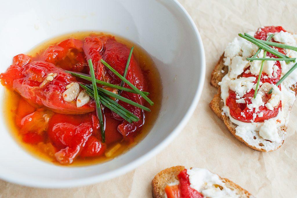 pieczona papryka w oliwie