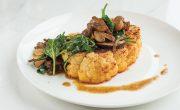 stek z kalafiora z pieczarkami