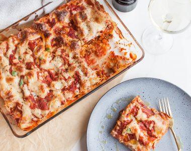 Zapiekane cannelloni faszerowane wołowiną z beszamelem i mozzarellą