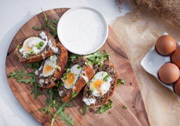 Jajka po szkocku czyli jajka z mięsem w panierce